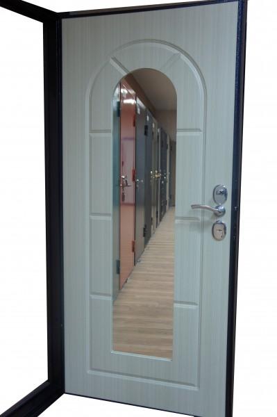 стальные двери с внутренней отделкой